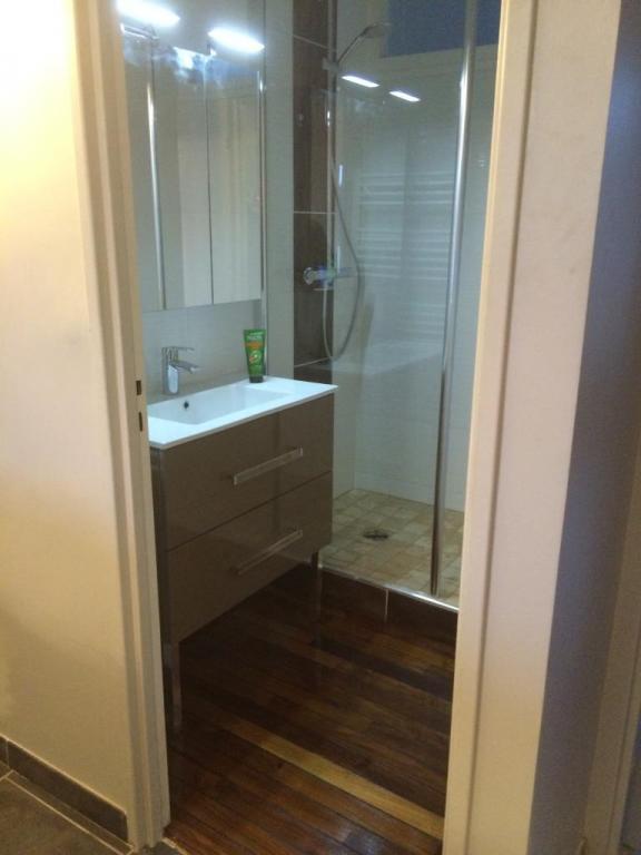 Salle de bains for Meuble 90x90