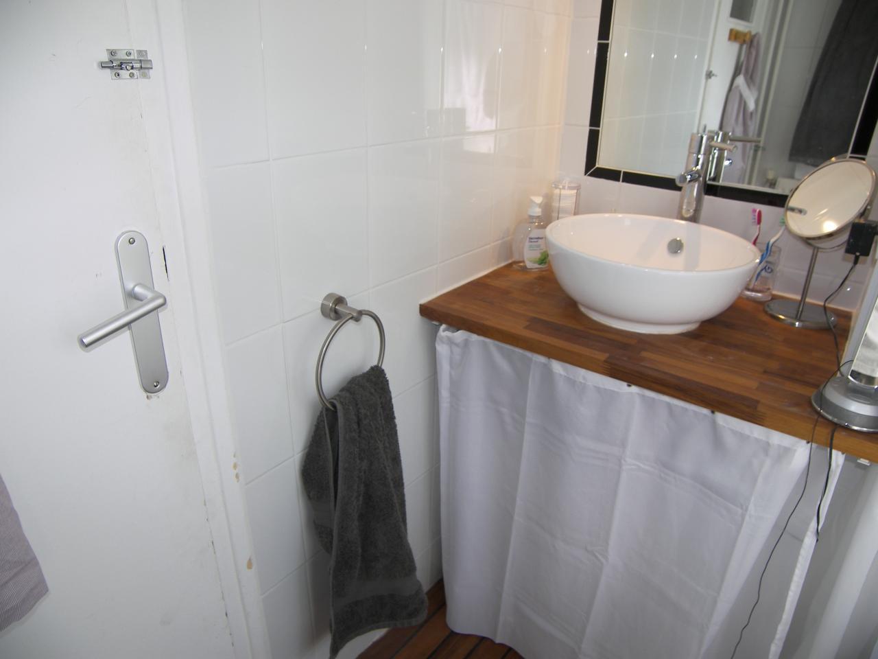 vasque bol pos e sur plan. Black Bedroom Furniture Sets. Home Design Ideas